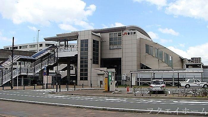 ここから博多駅へ行くことができます