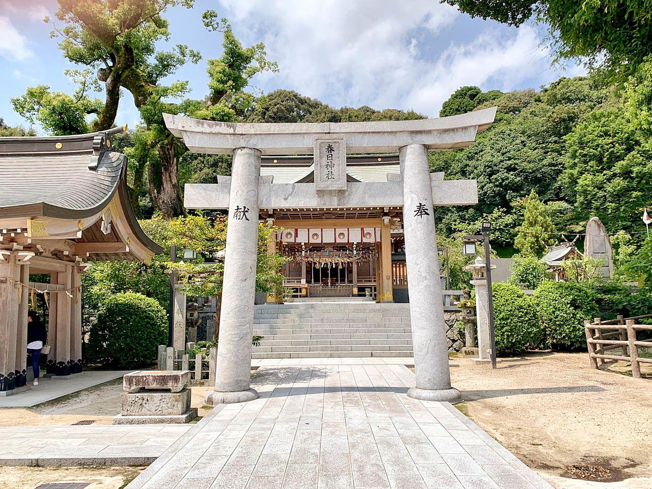 インスタ映えで有名になっている春日神社です
