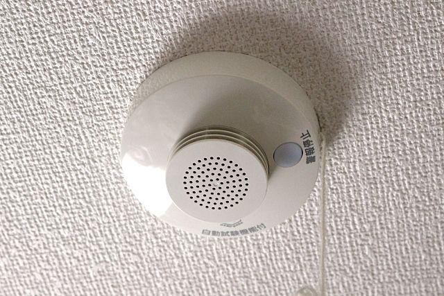 住宅用火災警報器の点検・維持管理は忘れずに