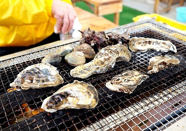 福岡市 「唐泊恵比寿かき小屋」が今年もオープンしています!