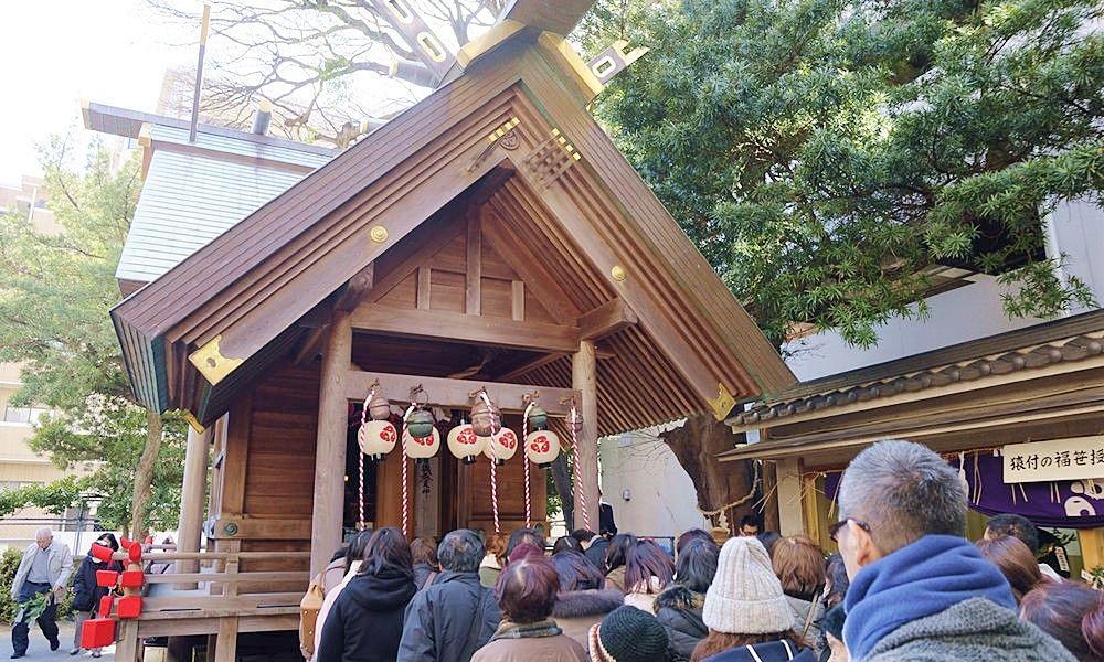 福岡市早良区藤崎にある猿のお面で有名な猿田彦神社です