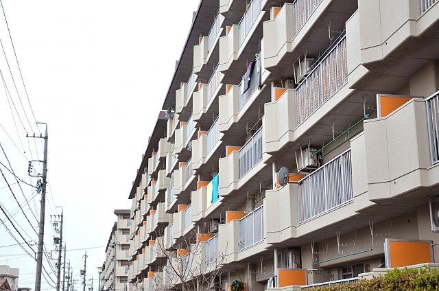 鉄筋コンクリート造のマンションの法定耐用年数は47年です